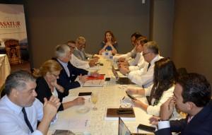 Folatur reunida en Asunción
