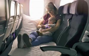 Lufthansa prueba un modelo de asientos para dormir en clase económica