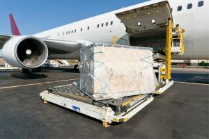 EE.UU. controla cargas aéreas antes del embarque
