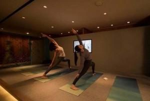 El Aeropuerto Internacional de Hong Kong y Cathay Pacific presentan The Sanctuary by Pure Yoga