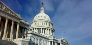 Estados Unidos endurece medidas destinadas a frenar la propagación del COVID-19