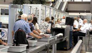 Estados Unidos anticipa advertencia de no viajar a sus ciudadanos debido a riesgos de contagio
