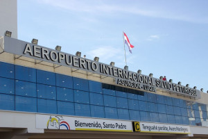 Flujo de pasajeros aumenta casi 2% en el Silvio Pettirossi
